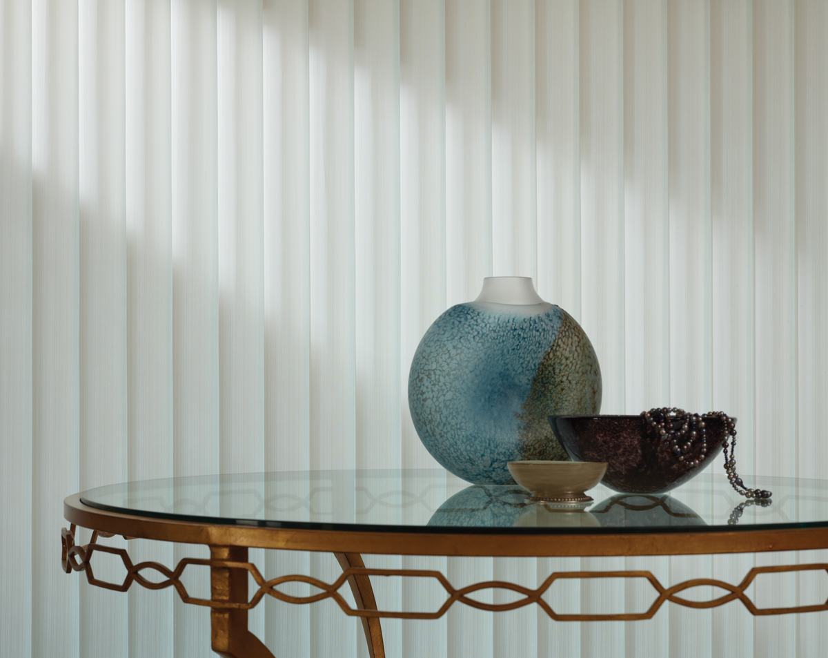 glass table with vase & bowls