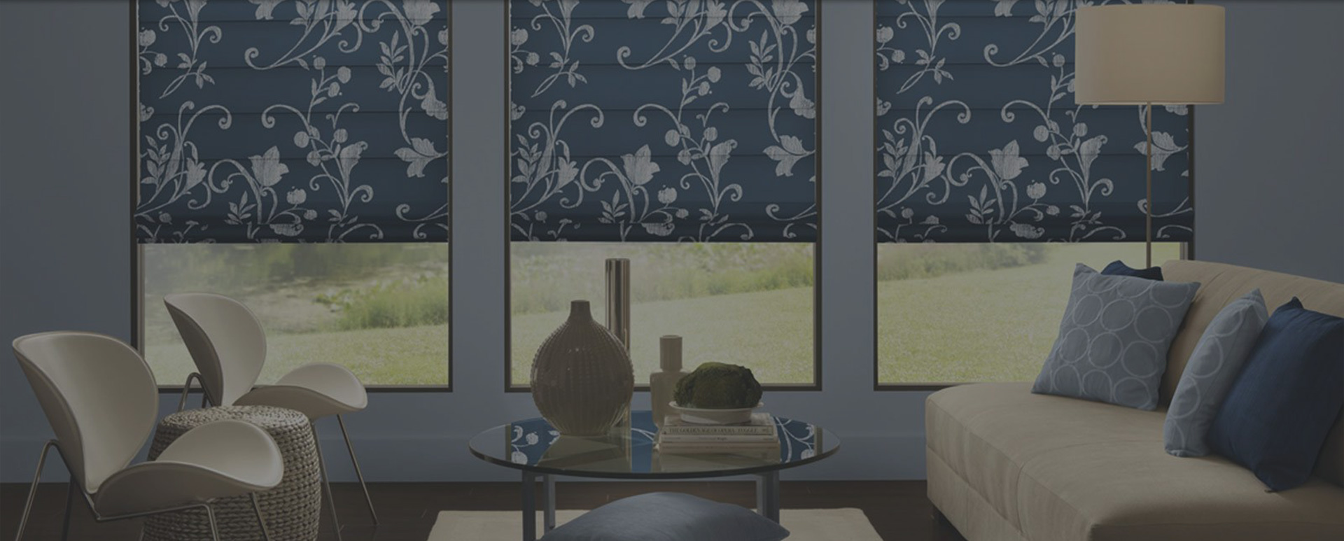 flower design blinds in blue room